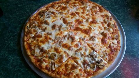 peru pizza house peru pizza house restaurant pizza peru il reviews photos menu yelp