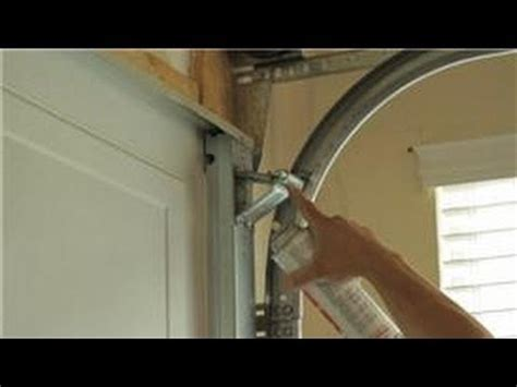 How To Make Garage Door Quieter by Garage Door Help How To A Garage Door