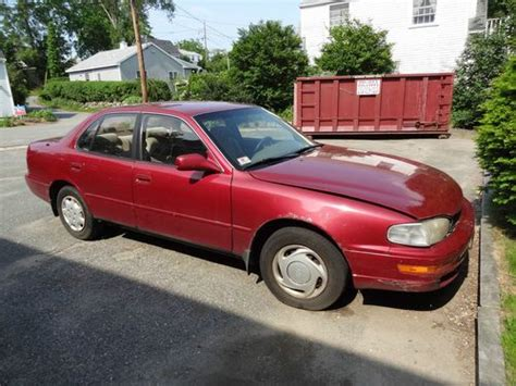 1993 toyota camry type find used 1993 toyota camry le sedan 4 door 2 2l in