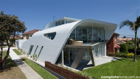 real home the moebius house completehome