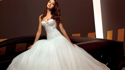 White Wedding Dresses by White Wedding Dresses Irina Shayk Hd Wallpaper Of Wedding