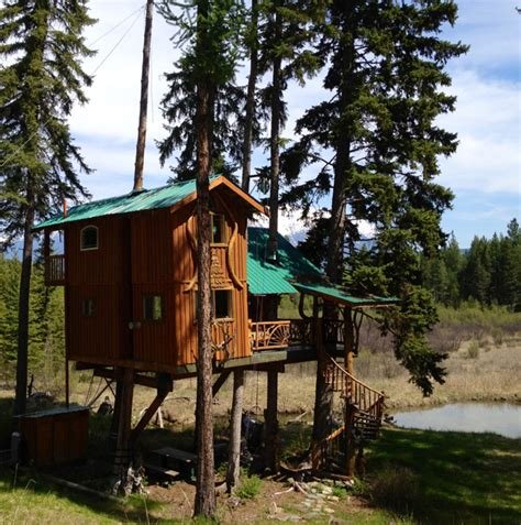 treehouse cottages in outa the woods treehouse rental east kootenays bc canada
