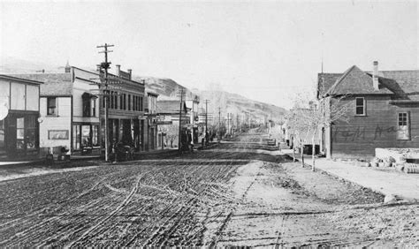 Bc Archives Records Kamloops Museum Photo Kamloops Bc Looking West From Second Avenue