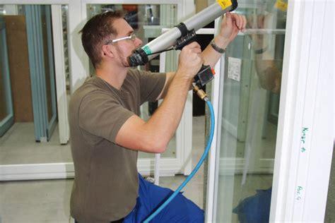Bewerbung Ausbildung Holzmechaniker Unsere Ausbildungsberufe Wigger Fenster Fassaden Gmbh