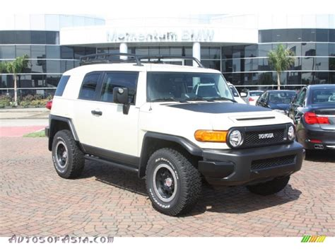 toyota cruiser white 2010 toyota fj cruiser trail teams special edition 4wd in