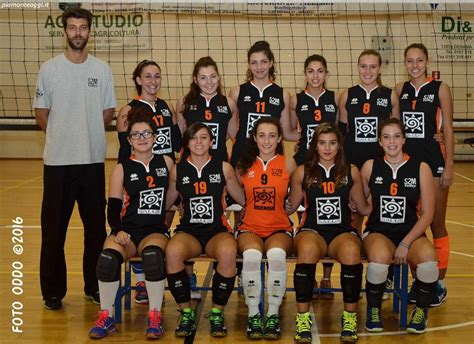 Weekend Buzz Faves M O M S B U Z Z by Pallavolo S2m Le Conquistano Tutto 12 13 14