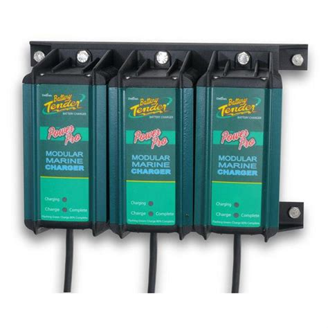 3 bank marine battery charger battery tender 174 power pro marine 3 bank charger pack