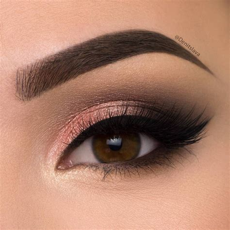 Eye Rd shimmery smokey eye click pic for makeup details