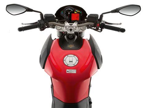 Aprilia Dorsoduro 750 Motorrad Daten by Aprilia Shiver 750 Test T 246 Ff S Bilder Technische Daten
