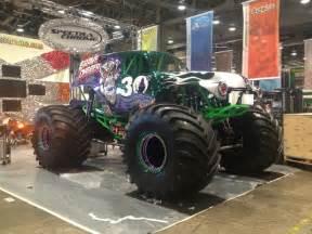 monster truck show las vegas grave digger custom cars sema show las vegas
