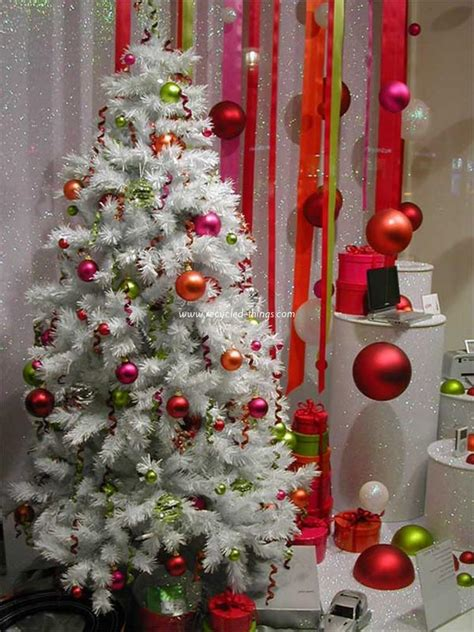 tree decorating ideas 10 diy christmas decorating ideas recycled things