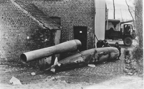 doodlebug bomb v 1 flying bomb german ww2 aviation development