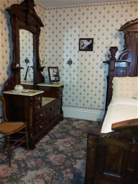 lizzie borden bed and breakfast lizzie borden bed and breakfast updated 2018 prices b b reviews fall river ma