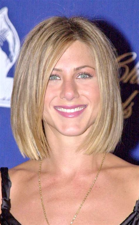 will i suit a lob hairstyle if i have curly hair 2001 from jennifer aniston s hair through the years bobs