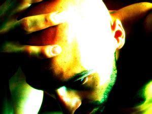 pressione alla testa punti di pressione per alleviare mal di testa collo e