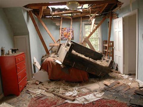 repair  damaged roof  tos diy
