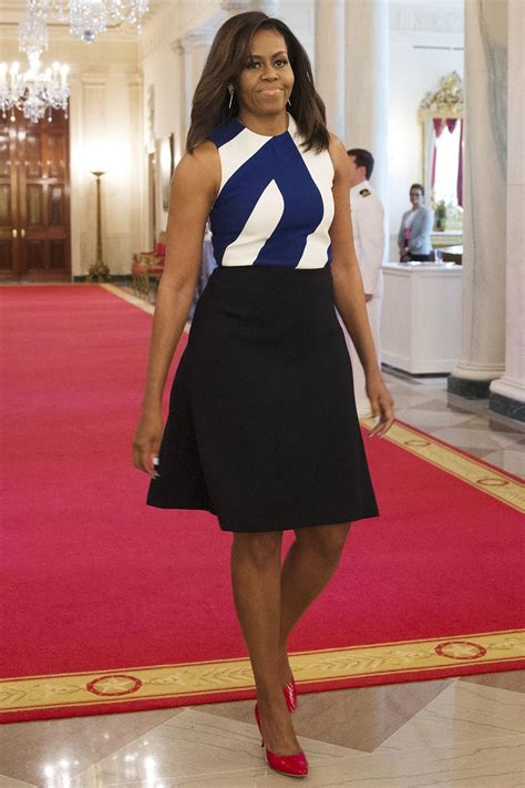 Political Fashion Obamas Dress by Obama S Plaid Dress Will Make You Want To Ditch