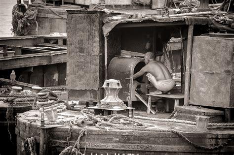 boat store in kolkata sunday post black and white calcutta india ron