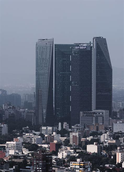 torre mayor   newly crowded mexico city skyline