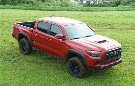 Hawaii Toyota Road In Hawaii With The 2017 Toyota Tacoma Trd Pro