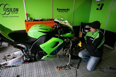 Ktm Mechanic School Want To Be A Race Mechanic There S A New School For That