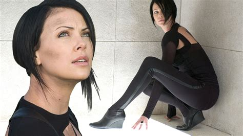 edgy haircuts charlize theron in aeon flux movies aeon flux charlize theron leggings dark hair
