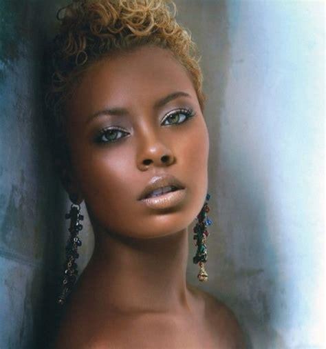 21 stunning wedding makeup ideas for skin tones weddingomania