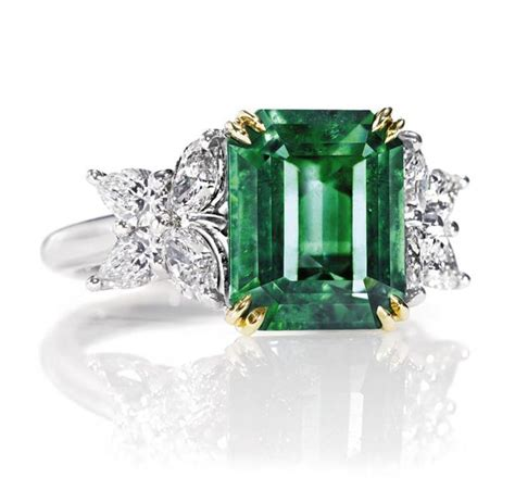 harry winston marquesa emerald ring with diamonds octagon