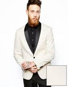 neck tattoo suit brooklyn beckham at vmas 2015 as father david unveils neck