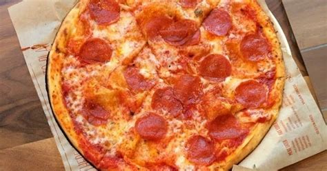 Blaze Pizza Gift Card Deal - giveaway 10 winners to win blaze pizza of choice at any location fun things to do