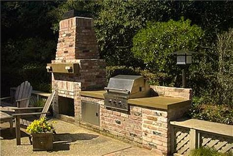 Outdoor Brick Kitchen Plans by Best Outdoor Kitchen Cabinets For Your Outdoor Kitchen