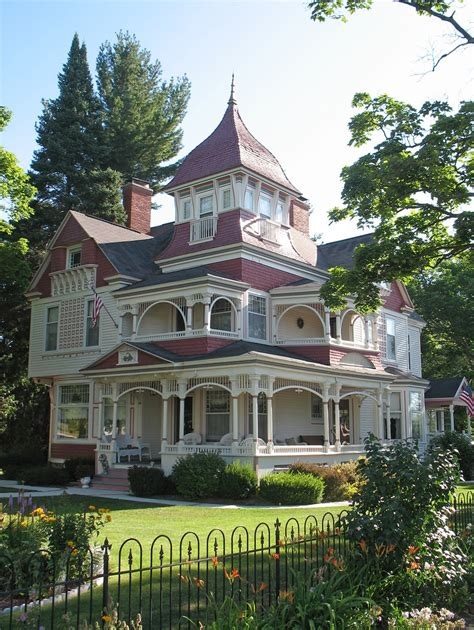 victoria house victorian house bellaire michigan the 1895 richardi