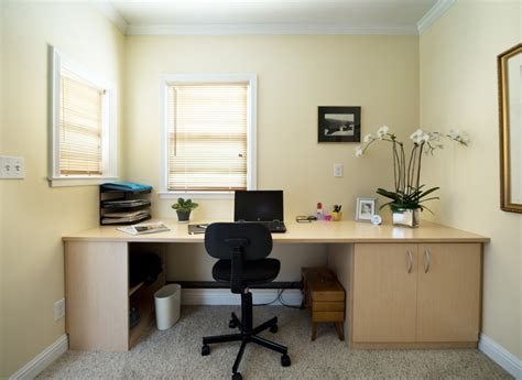 Office Color | tips for decorating your corporate office space with