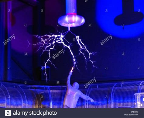 Tesla Coil Science Project Flash Tesla Coil Experiment High Voltage Stock Photo