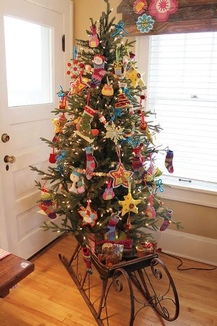 what do christmas trees look like this tree looks like it s all felt decorations me and the could do this next year