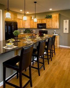 oak cabinets oak trim and best wall colors on
