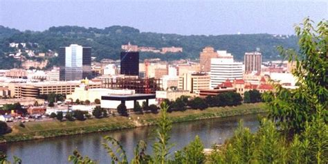 Records Charleston Wv Charleston Wv Charleston Skyline As Seen From The Other Side Of The Kanawha River