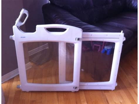 baby gate that swings open the first years expandable baby gate orleans ottawa