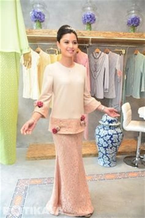 Pakaian Isyana Dress baju raya 2016 baju kurung peplum moden fesyen trend