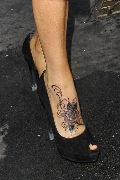 jenny mccarthy tattoo mccarthy flower lookbook stylebistro