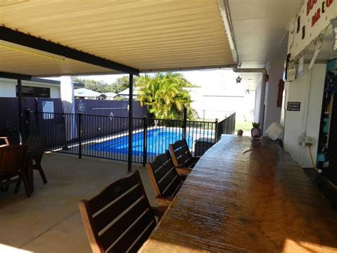 4 leonie court armstrong beach qld 4737 house for sale