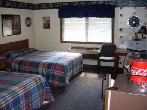 quot notes quot themed room picture of riverside inn cold