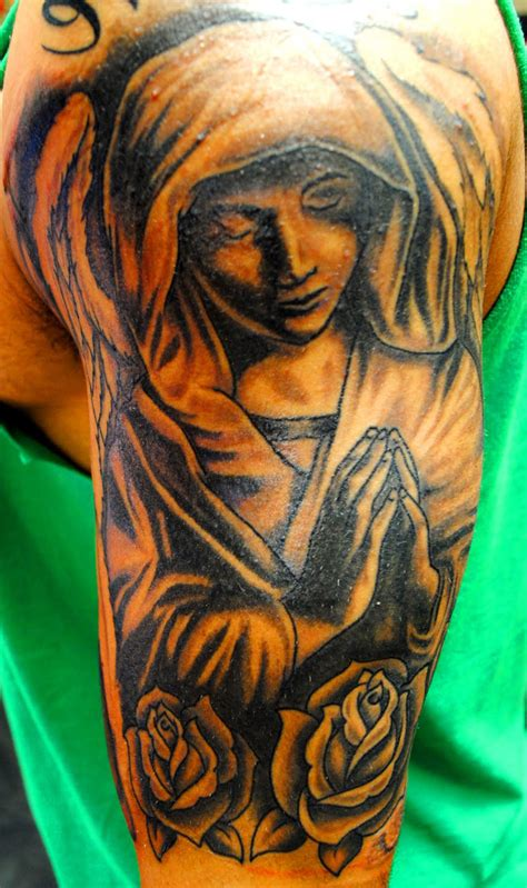 praying angel tattoo praying tattoos for cool tattoos bonbaden