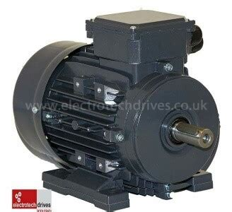 electric motors uk electric motor 0 55kw 3 4hp 4 pole 1500rpm three phase 80