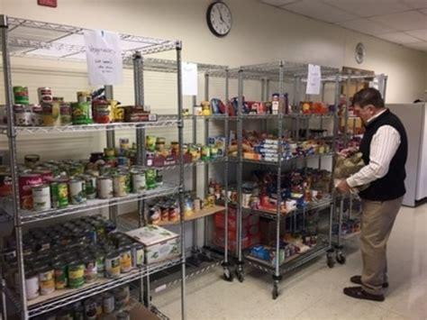 Oregon Food Pantry by Hunger Fighters Oregon Bring Fight To Lake Oswego Open