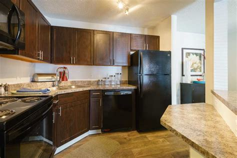 for rent meridian pointe apartment homes at burnsville mn