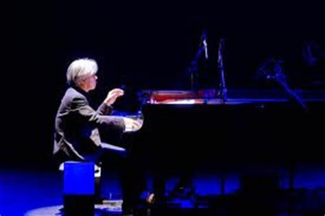 spartito  pianoforte  ryuichi sakamoto  forbidden colours merry christmas  lawrence