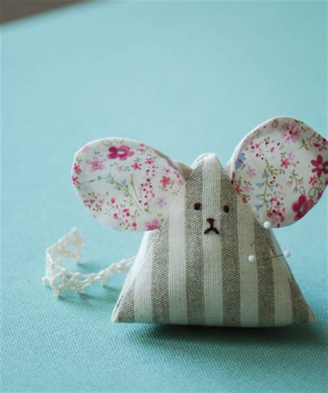 sewing pattern on pinterest make a mouse pincushion video tutorial from etsy s craft