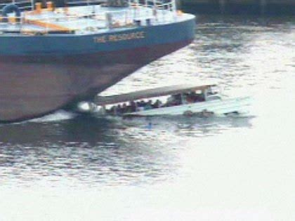 boating accident delaware river ntsb issues final report in deadly duck boat crash on