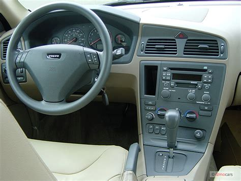 image  volvo   door sedan  turbo dashboard size    type gif posted